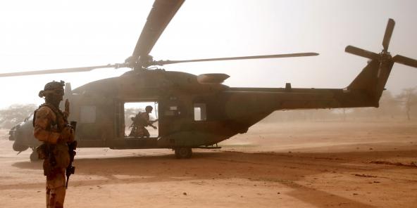 Un hélicoptère français engagé dans Barkhane, à Ndakji, au Mali, le 29 juillet 2019.
