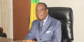 Rigobert Roger Andely, ministre congolais des Finances