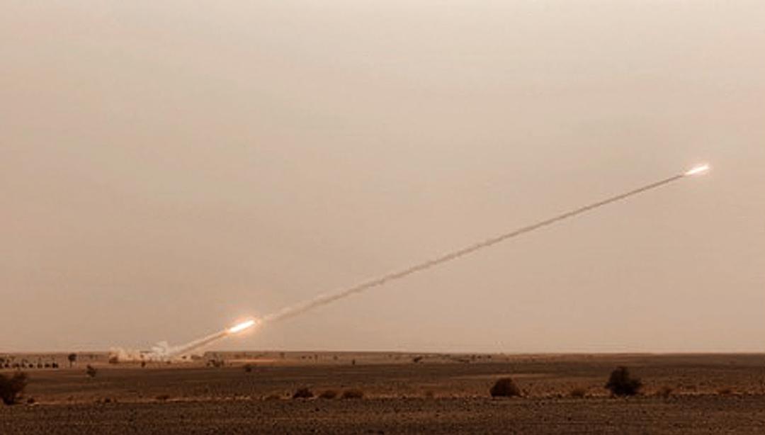 Pour la première fois, des tirs de HIMARS pouvant aller à 35km ont lieu à la lisière du Sahara. Pour l'exercice, les tirs ont atteint une portée de 14 km (direction nord-ouest).