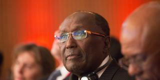 En2015, Chris Kirubi avait été élu co-CEO africain de l'année, aux côtés de l'Algérien Issad Rebrab (Cevital), lors du Africa CEO Forum. Ici lors du Forum Afrique de Bercy en février 2015.