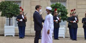 Emmanuel Macron et Mahamat Idriss Déby le 5 juillet à l'Elysée.