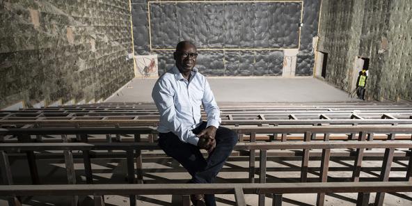 Moustapha Samb, le directeur du nouveau multiplexe Pathé-Gaumont en cours de construction à Dakar.