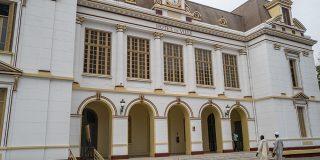 Siège de la mairie centrale, l'hôtel de ville de Dakar en juin 2021, après sa complète restauration.