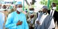 Assimi Goïta, le chef de l'État malien, arrive à la Grande Mosquée de Bamako pour la prière, quelques instants avant d'être la cible d'une tentative d'assassinat, le 20 juillet 2021.