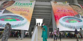 Dans le nouveau stade olympique de 60 000 places de la Côte d'Ivoire, à Ebimpe, à l'extérieur d'Abidjan, le 3 octobre 2020, en prévision de la Coupe d'Afrique des nations 2023.