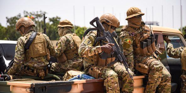Des soldats maliens, lors de l'investiture d'Assimi Goïta, le 7 juin 2021 (illustration).