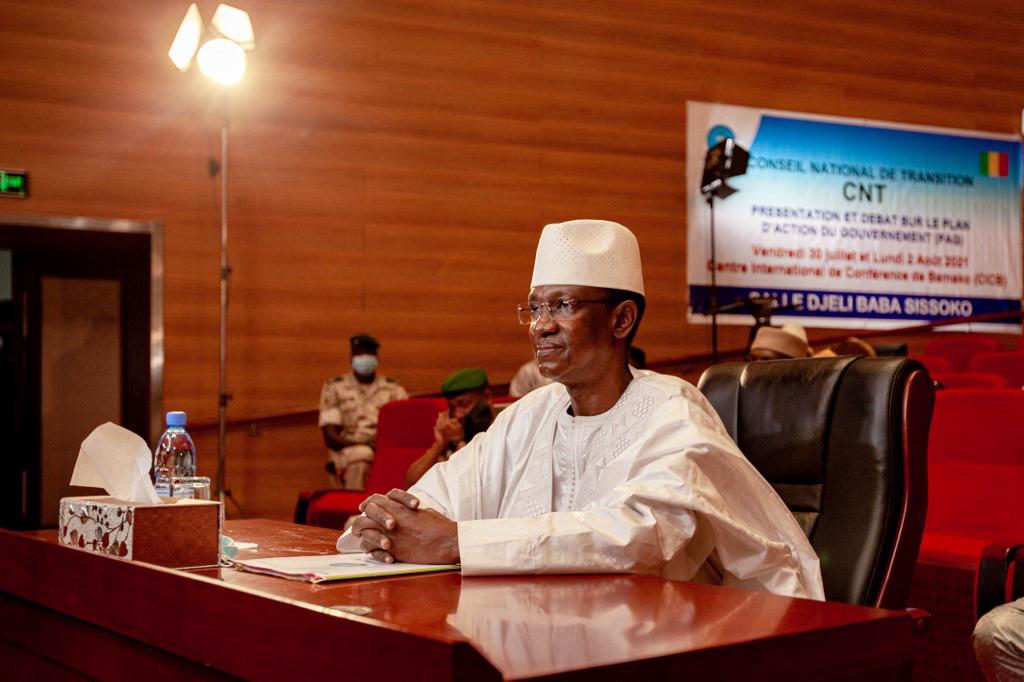 Choguel Kokalla Maïga présente le plan d'action du gouvernement au Conseil national de transition à Bamako, le 30 juillet 2021.