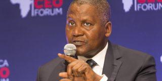 Aliko Dangote, PDG du groupe Dangote, lors du Africa CEO Forum de mars 2016 à Abidjan, Côte d'Ivoire.