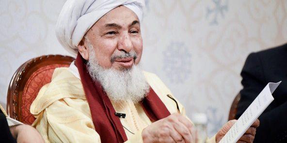 اشتهر عبد الله بن بايا بحديثه عن السلام والتسامح