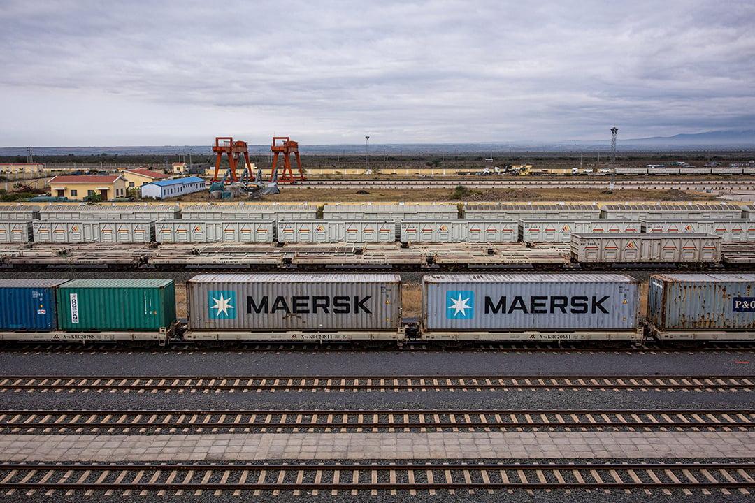 Ligne de chemin de fer entre Monbassa et Nairobi, en août 2020.