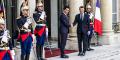 Le président de Madagascar reçu au palais de l'Élysée par Emmanuel Macron.