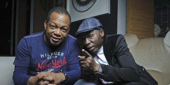 De gauche à droite, les comédiens ivoiriens Digbeu Cravate, de son vrai nom Michel Bla, et Michel Gohou.