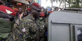 Mamady Doumbouya, le 10 septembre 2021 à Conakry, après une rencontre avec la mission dépêchée en Guinée par la Cedeao.