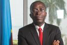 Augustin Matata Ponyo, alors Premier ministre de la RDC, pose dans son bureau à Kinshasa le 14 octobre 2014.