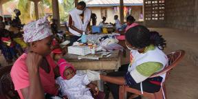 Mission de Médecins sans frontières dans le district de Kenema, en Sierra Leone, en juillet 2020