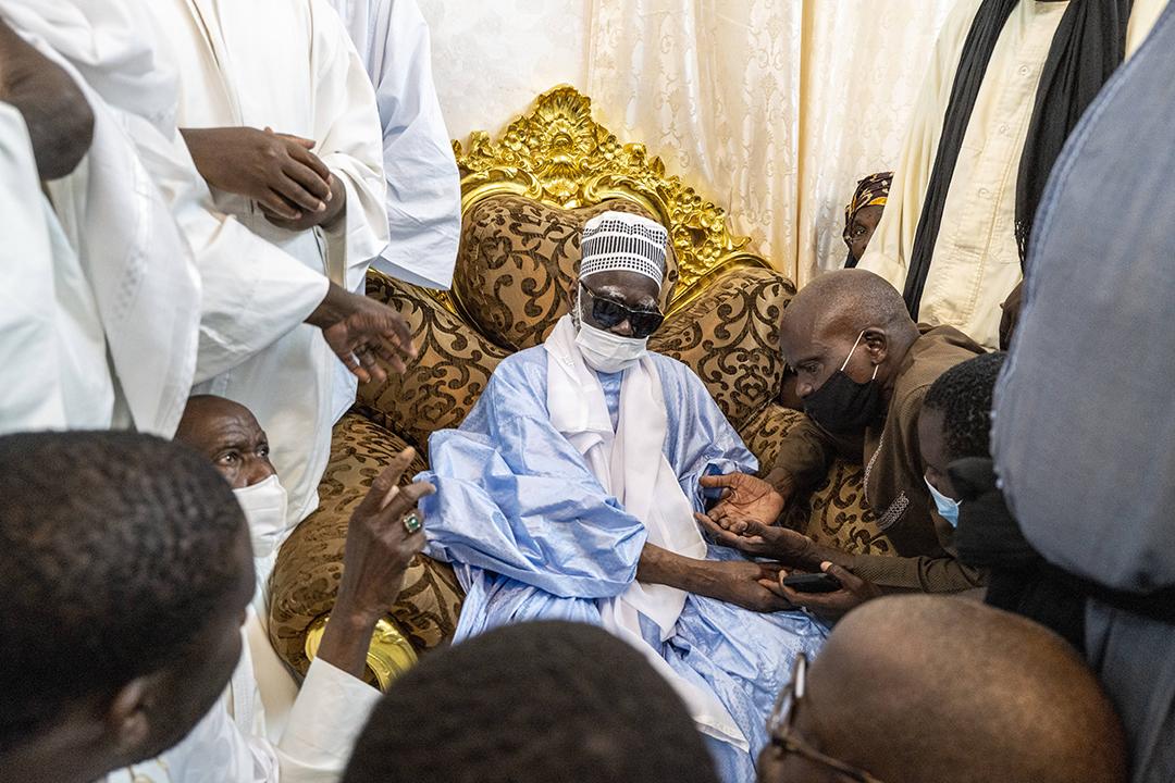 Le khalife général des mourides, Serigne Mountakha Bassirou Mbacké, reçoit ses disciples à sa résidence à Touba à quelques jours de la célebration du Grand Magal.