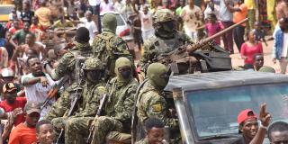 Après l'arrestation du président guinéen Alpha Condé.